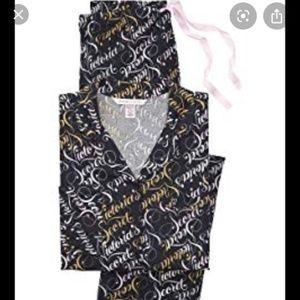 Victoria's Secret Black Scroll Flannel PJ's NWT
